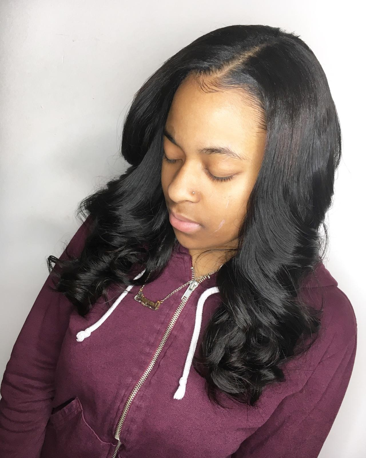 Intriguing Bosywave with silk closure and custom color
